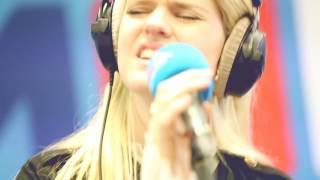MNM: Emma Bale - Way Down We Go (Kaleo cover)