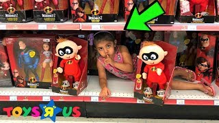 BEST HIDE AND SEEK SPOT IN TOYS R US TOYS STORE!!