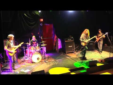 Mike MacKenzie Band - The Vat Montage (09/12/15)Kaynak: YouTube · Süre: 3 dakika41 saniye