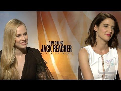 Jack Reacher  Cobie Smulders and Danika Yarosh