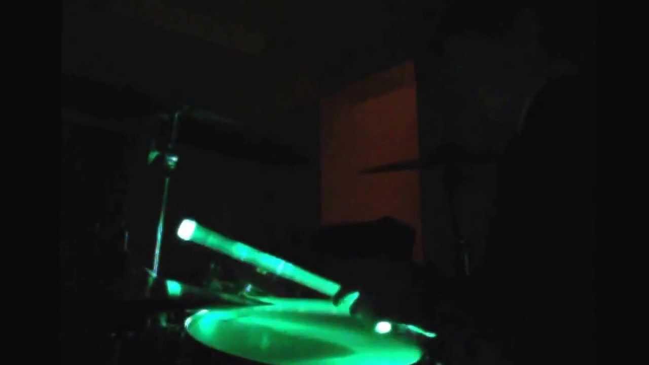 Glowing drum sticks - YouTube