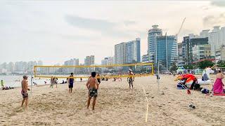 [4K] Walking along Busan Gwangalli Beach in the summer rainy season 긴 여름장마속의 부산 광안리해수욕장 걷기