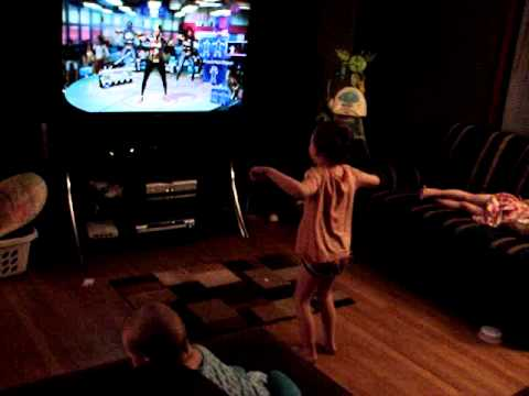 4 Year Old Dancing To Push It By Salt N Pepa On The