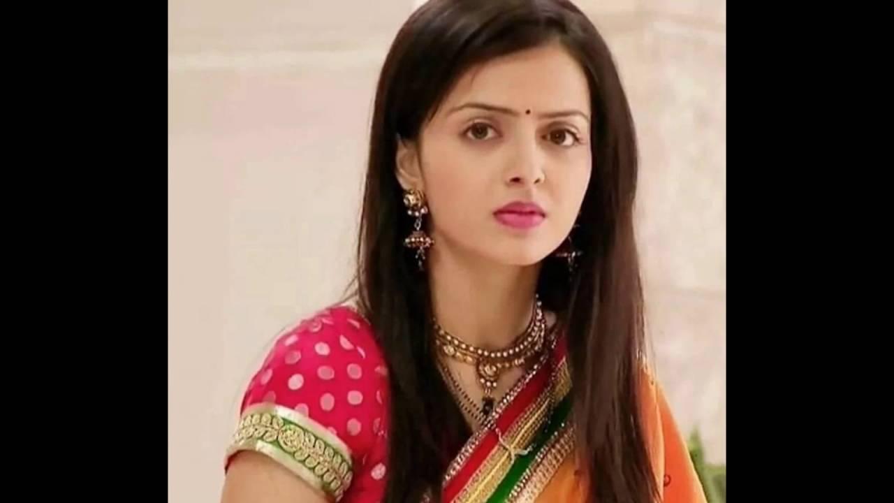 """Hindi serial actress """"shrenu parikh """" as """"aasha agnihotri ..."""