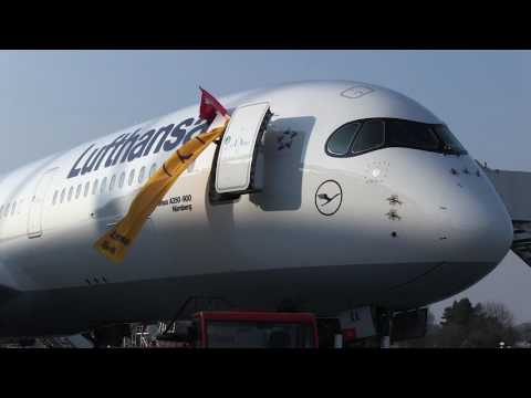 Lufthansa Airbus A350 visits our headquarters in Hamburg