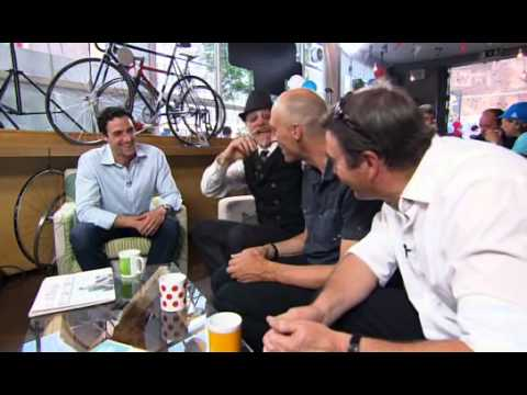 "Graeme Obree and Gary Fisher chat on ""The Cycle Show."""