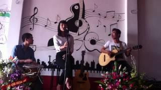 CafeGuitar: TÌM LẠI GIẤC MƠ ( Cs: Linh Hoa tại Cafe Guitar Hưng yên)