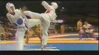 Download Video Tae Kwon do Sparring - How to use Combination Kicks 2 MP3 3GP MP4