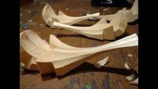 Резьба по дереву. Видео урок.Вырезаем листья для капителя. Элементы иконостаса.(Это видео создано в редакторе слайд-шоу YouTube: http://www.youtube.com/upload., 2014-12-30T09:23:12.000Z)