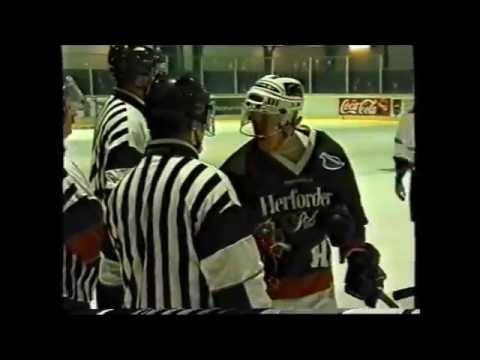 Herford - Eishalle - HEG :  Schweinfurt - 23. März 2001