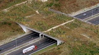 "Nederland van boven - ""Onderweg"""