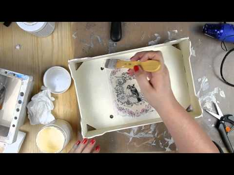 Tutorial caja de frutas reciclada con pintura a la tiza y - Como decorar madera ...