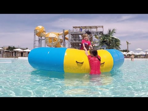 WAVE ISLAND • 100% FUN au Parc Aquatique - Studio Bubble Tea