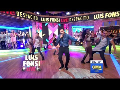 Luis Fonsi  Performs Despacito GMA