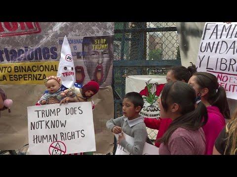 Mexicanos protestan contra política migratoria que separó niños