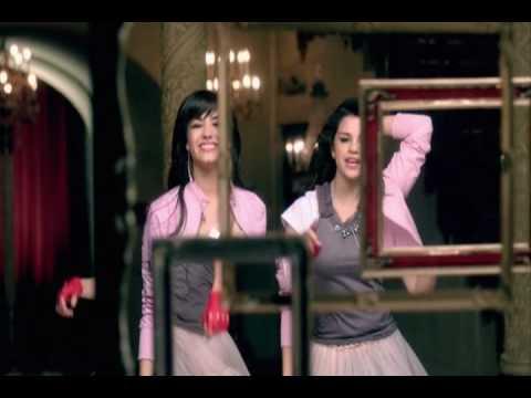 Demi Lovato ft Selena Gomez - One And The Same (OST Princess Protection Program) .mkv