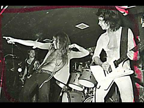 Van Halen ..Don't Call Us, We'll Call You ..cover from 1975..bootleg recording