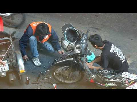 Bangkok: Outdoor mechanics