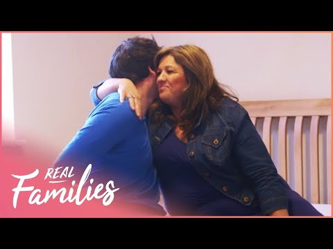 Mum Struggles To Say Goodbye When Her Son Moves Out | 16 Kids And Counting | Episode 4