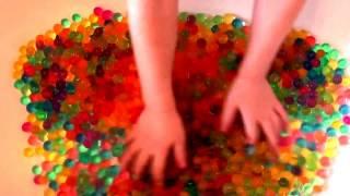 Английский для детей. Шарики ОРБИЗ - учим цвета по-английски. Learn colors with ORBEEZ balls
