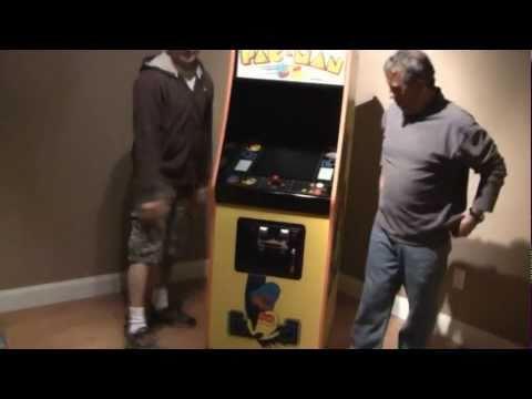 My Original 1980 Pacman Arcade Machine (Review)