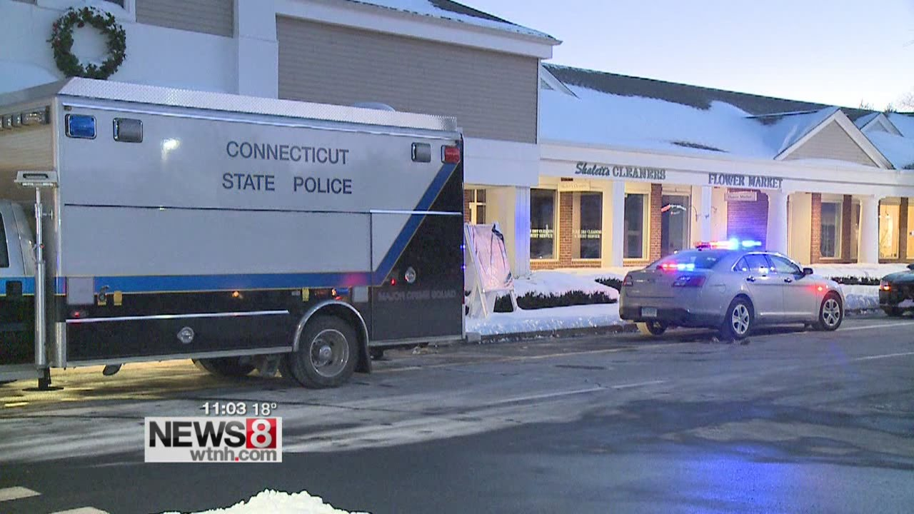1 dead, 1 seriously injured in stabbing at Big Y in Old Lyme