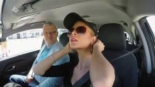 Modelka za kierownicą! Jak sobie poradziła? [Nauka jazdy]