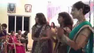 Aayi Shubh Ghadi Dekho - Geeta Marriage By Bhakti & Namrata