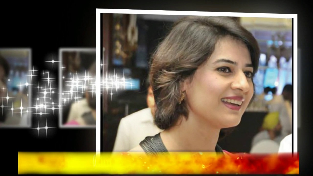 Most 10 Beautiful Female Indian News Reader 2017 - YouTube