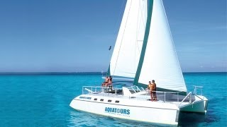 Catamaran tour in Cancun Mexico