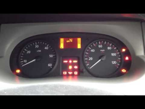 Renault Trafic 2 5 Dci Start Problem Continue Youtube