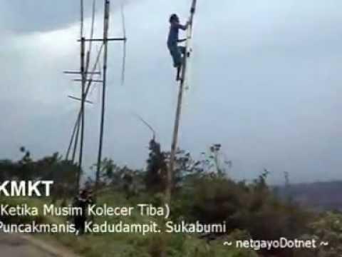 KMKT_ Ketika Musim Kolecer Tiba (baling-baling bambu)
