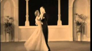 Dance me to the end of love - Leonard Cohen