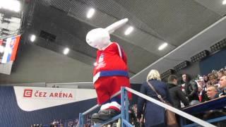 MS v hokeji 2015, Bobek řádí v rytmu Boney M