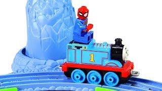 Train Thomas spiderman Stop Motion Toys video