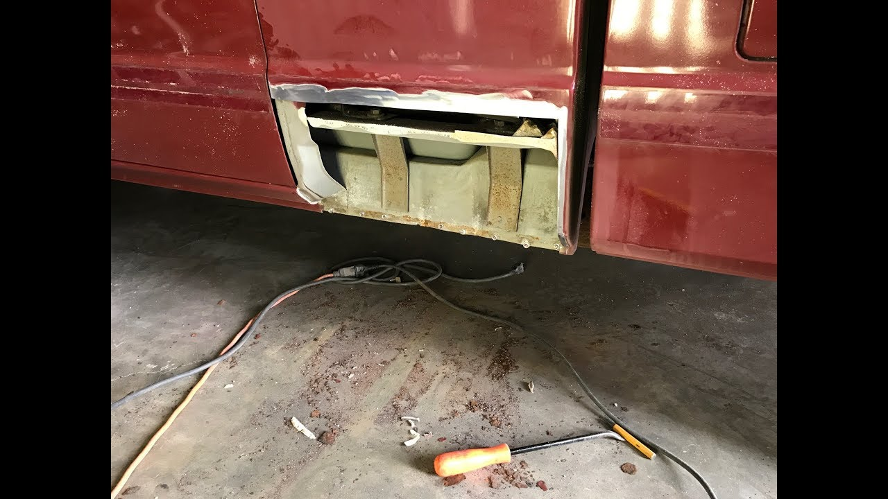Chevrolet S10 Cab Extension Rust Panel Replacement - YouTube