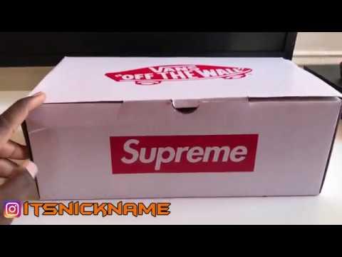 10a9e370da84 Supreme Vans