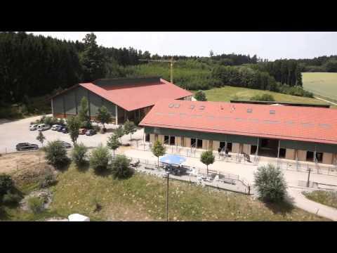 Reitanlage Pferde Laufstall Eckhof II Kleinberghofen / Dachau von Georg + Renate Hoechtl
