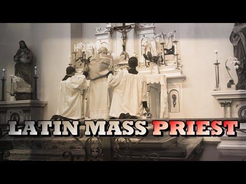 LATIN MASS PRIEST: HEAVENLY BREAD - The Holy Eucharist