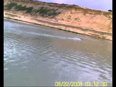 Rc Boat Conversao De Brinquedo Toysrus Lago De Sesimbra Youtube