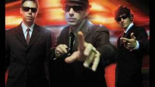 BEASTIE BOYS - GIRLS WITH LYRICS