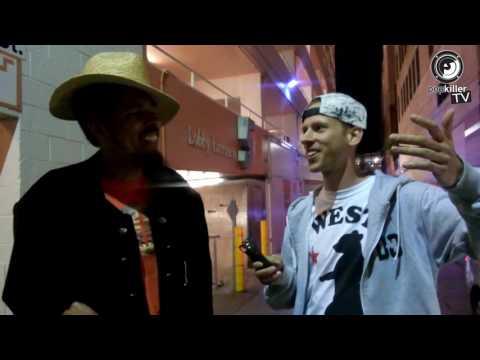 Shock G (Digital Underground) drops crazy freestyle in an alley in Santa Monica (Popkiller.pl)