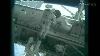 Endeavour STS-134 Andrew Feustel and Mike Fincke spacewalk