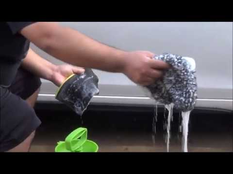 How I decontaminate my car's paint while in a budget.