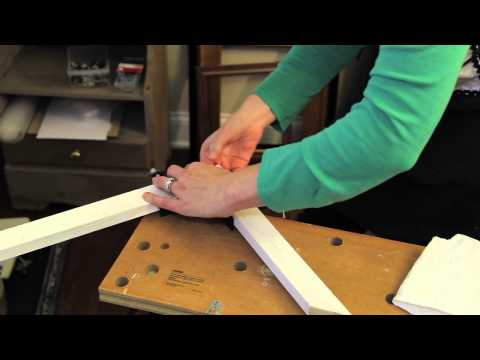 How to Repair Picture Frames : Picture Frame Crafts