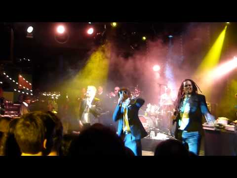 SEEED - Stand Up - Live concert Paris 2013 HQ