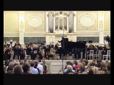 Mei Yi Foo | Rachmaninov Piano Concerto no 1 1/4