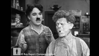 Baixar Charlie Chaplin - Deleted barber shop scene from Sunnyside (1919)