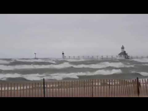 Waves Saint Joseph Michigan - Nov 12, 2015