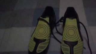 Nuove scarpe da calcio: Nike total 90